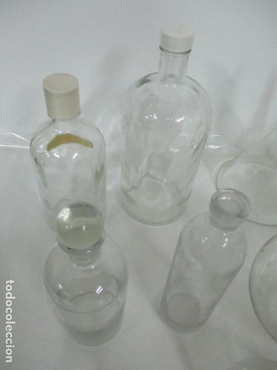 Antigüedades: Completo Lote de Frascos, Embudos, Probetas, Etc - Cristal Antiguo Farmacia, Laboratorio - Foto 15 - 142373450