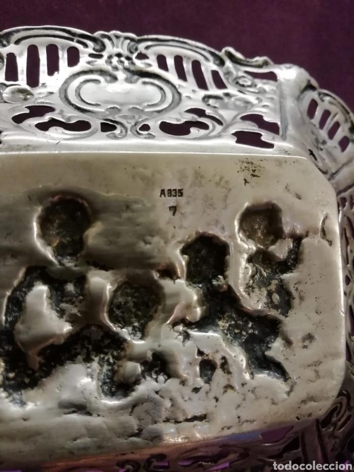 Antigüedades: BANDEJA REPUJADA - Foto 3 - 142400921