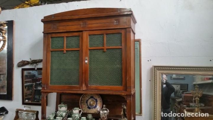 Antigüedades: Aparador modernista. Todo original. Necesita repaso. - Foto 2 - 142408434
