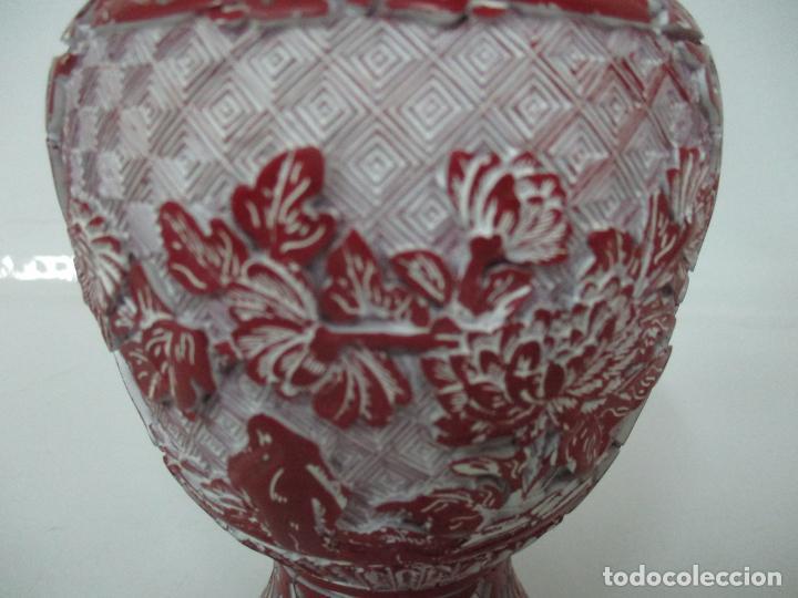 Antigüedades: Jarrón Chino - Oriental - China - Laca Roja de Cinabrio - Interior Azul - Foto 4 - 142425878