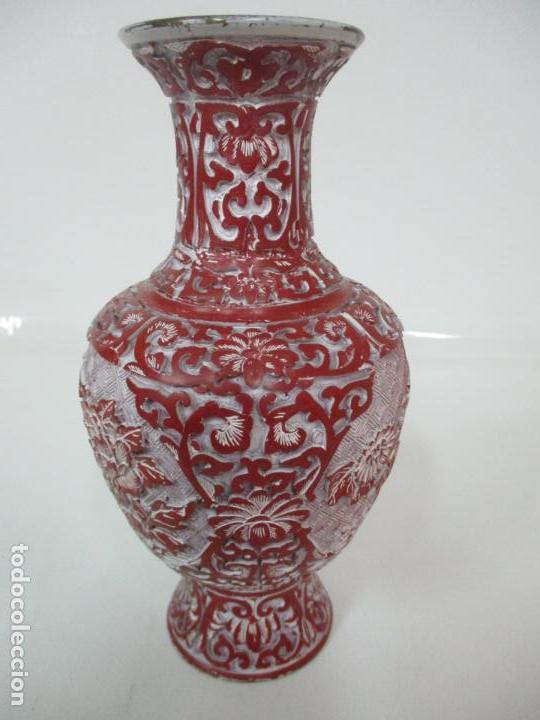 Antigüedades: Jarrón Chino - Oriental - China - Laca Roja de Cinabrio - Interior Azul - Foto 8 - 142425878
