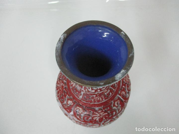 Antigüedades: Jarrón Chino - Oriental - China - Laca Roja de Cinabrio - Interior Azul - Foto 10 - 142425878
