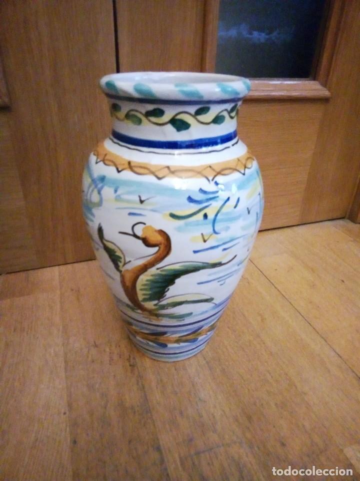 Antigüedades: Jarrón de ceramica de Triana - Foto 3 - 142477734