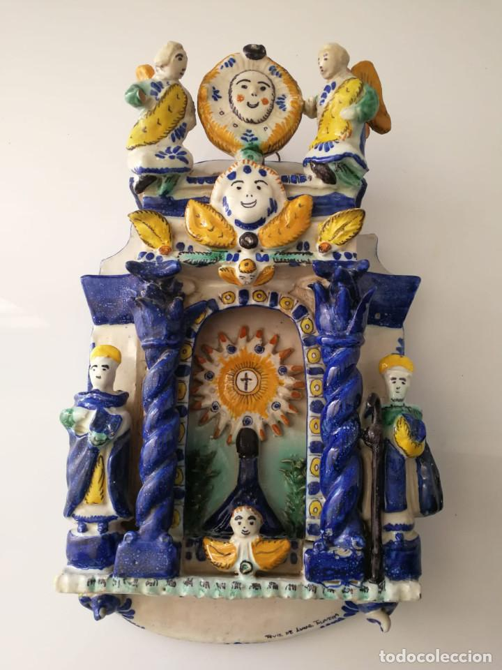 ANTIGUO RETABLILLO RETABLO CERAMICA TALAVERA RUIZ DE LUNA - 1920 (Antigüedades - Porcelanas y Cerámicas - Talavera)