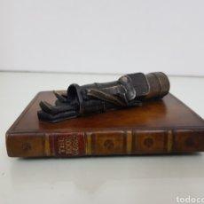 Antigüedades: THE ORIGINAL BOOK WORKS LIMITED PISAPAPELES FABEICADO EN ENGLAND DE 11X8CS. Lote 142516229