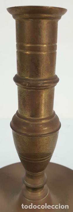 Antigüedades: CANDELABRO DE ALTAR EN BRONCE. PRINCIPIOS SIGLO XX. - Foto 3 - 142527482