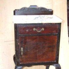 Antigüedades: MESITA DE NOCHE PARA RESTAURAR. Lote 142587322