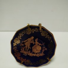 Antigüedades: PLATO MINIATURA DE PORCELANA LIMOGES. Lote 142604310