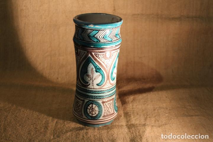 ALBARELO O BOTE DE FARMACIA DE TERUEL FIRMADO (Antigüedades - Porcelanas y Cerámicas - Teruel)