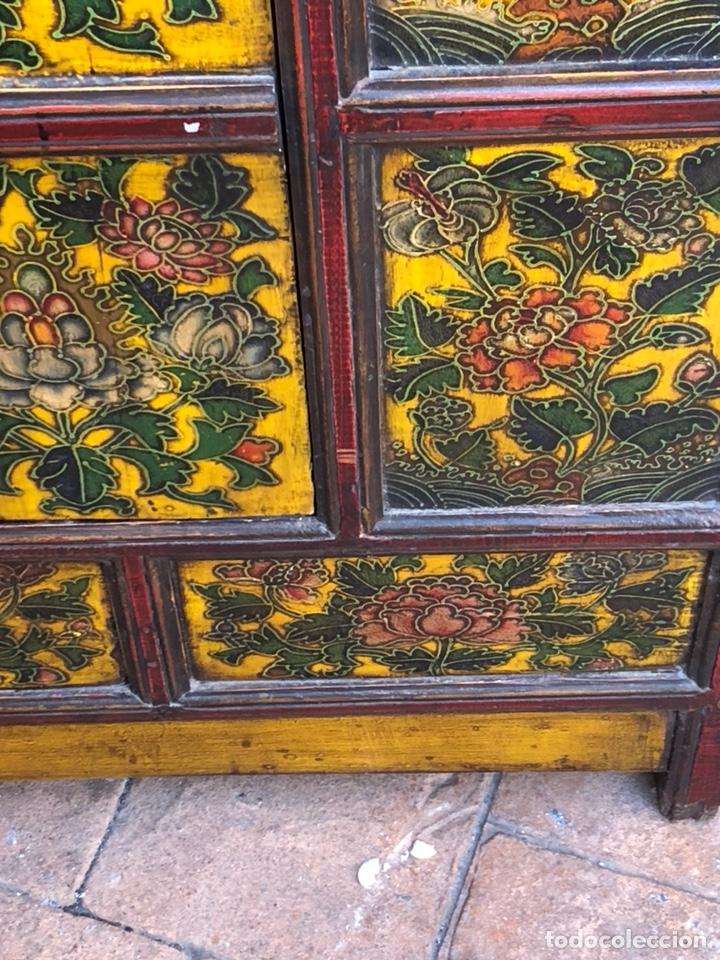 Antigüedades: Bonito mueble tibetano, íntegro en madera años 60-70 quizás anterior - Foto 4 - 142680940