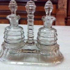 Antigüedades: CONVOY DE VINAGRERAS DE CRISTAL TALLADO. Lote 142684326