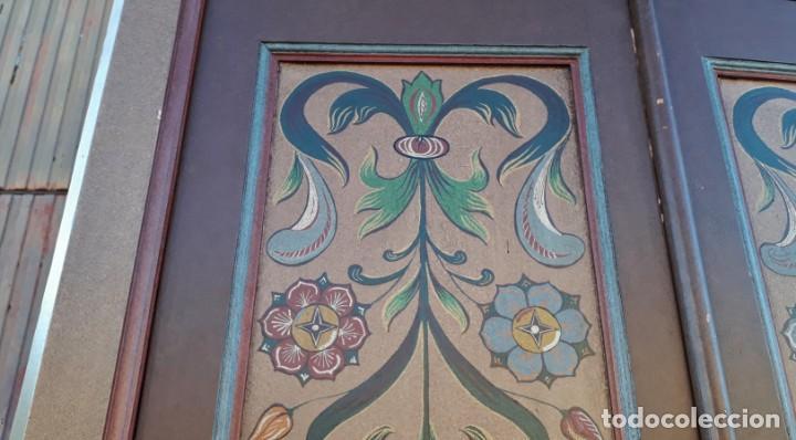 Antigüedades: Armario antiguo policromado estilo oriental India. Armario antiguo barroco pintado motivos florales. - Foto 9 - 142731978