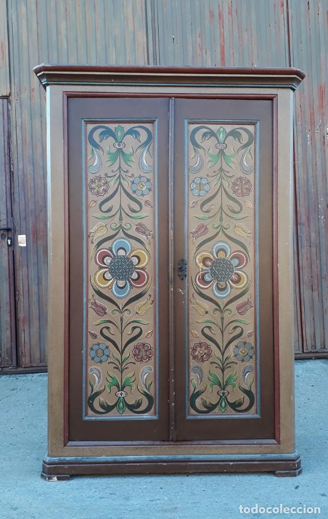Antigüedades: Armario antiguo policromado estilo oriental India. Armario antiguo barroco pintado motivos florales. - Foto 11 - 142731978