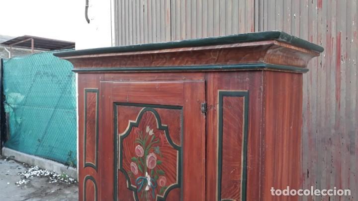 Antigüedades: Armario antiguo policromado estilo oriental India. Armario barroco pintado, armario siglo XVIII. - Foto 5 - 142732298