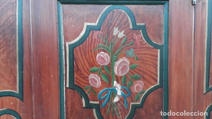 Antigüedades: Armario antiguo policromado estilo oriental India. Armario barroco pintado, armario siglo XVIII. - Foto 10 - 142732298