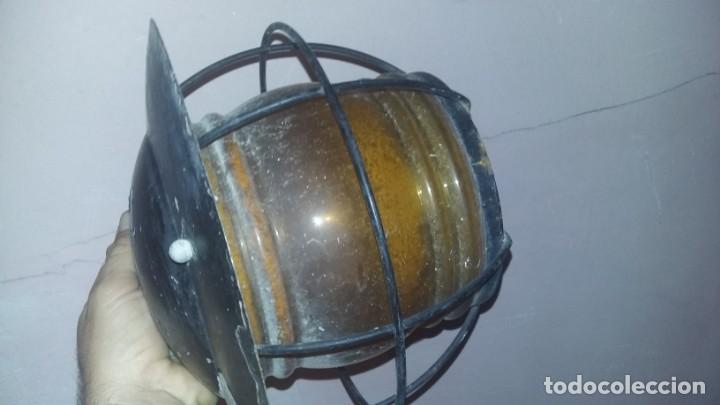 Antigüedades: farol esquinero de cristal amarillo para exteriores. - Foto 2 - 142743842