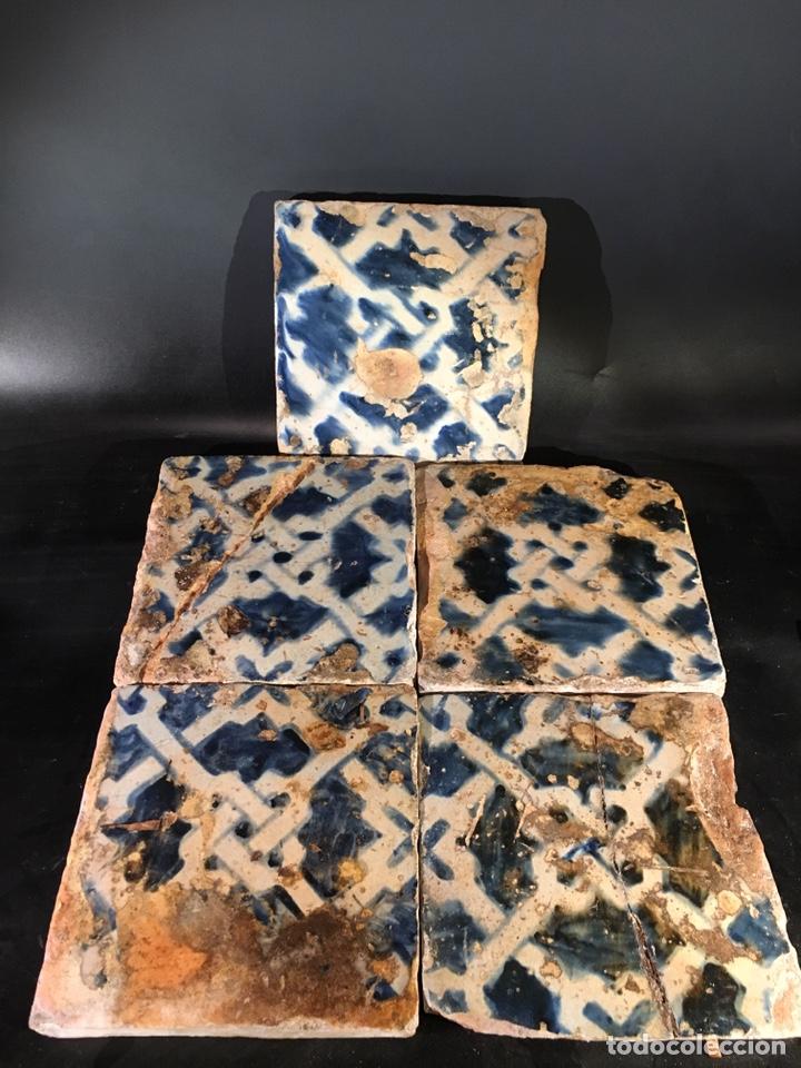 5 GRANDES AZULEJOS GÓTICOS. VALENCIA SIGLO XV (Antigüedades - Porcelanas y Cerámicas - Azulejos)