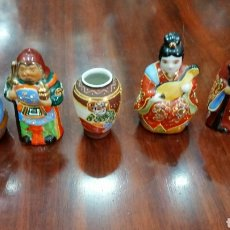 Antigüedades: LOTE DE 5 FIGURAS CHINAS CÓMO LAS FOTOS. Lote 142780088