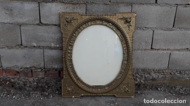 Antigüedades: Marco dorado ovalado estilo isabelino. Marco ovalado antiguo para espejo. - Foto 2 - 142811050