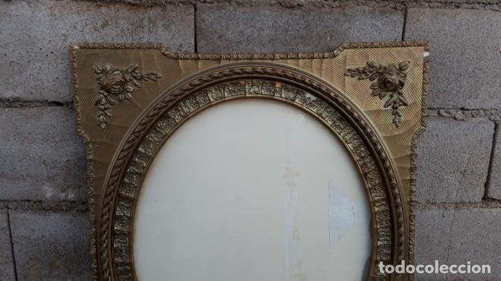 Antigüedades: Marco dorado ovalado estilo isabelino. Marco ovalado antiguo para espejo. - Foto 4 - 142811050