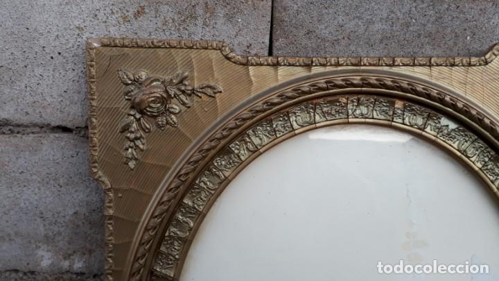 Antigüedades: Marco dorado ovalado estilo isabelino. Marco ovalado antiguo para espejo. - Foto 5 - 142811050