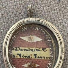Antigüedades: RELICARIO CON DOS RELIQUIAS - S. DOMINICI C. - SAN VICENTE FERRER - SIGLO XIX - LACRE EN REVERSO. Lote 142812754