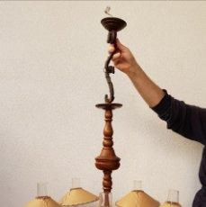 Antigüedades: ANTIGUA LAMPARA DE MADERA. Lote 142853966