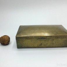 Antigüedades: CAJA DE BRONCE REPUJADO. Lote 142856142