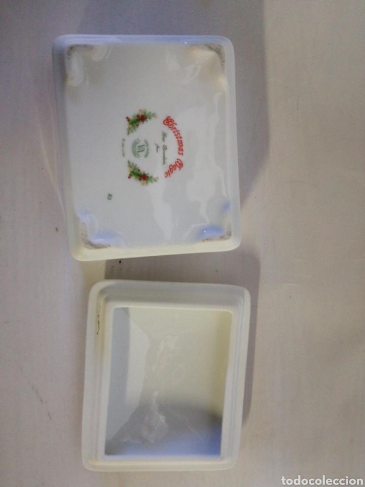 Antigüedades: Cajita de porcelana fina Portuguesa. Marca vista alegre. Caja para guardar baraja - Foto 7 - 143034073