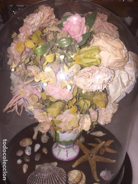 Antigüedades: Antiguo fanal de cristal soplado a mano Mallorquin peana y pomo flores de ropa isabelino siglo XIX - Foto 3 - 143041698