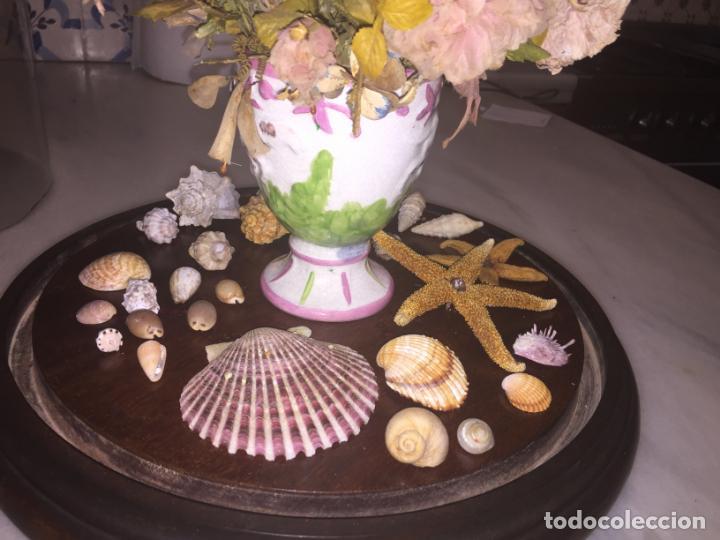 Antigüedades: Antiguo fanal de cristal soplado a mano Mallorquin peana y pomo flores de ropa isabelino siglo XIX - Foto 14 - 143041698