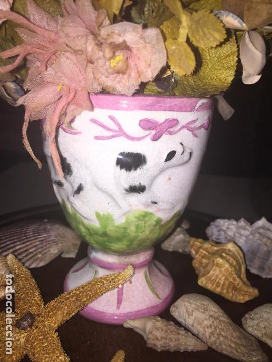 Antigüedades: Antiguo fanal de cristal soplado a mano Mallorquin peana y pomo flores de ropa isabelino siglo XIX - Foto 16 - 143041698