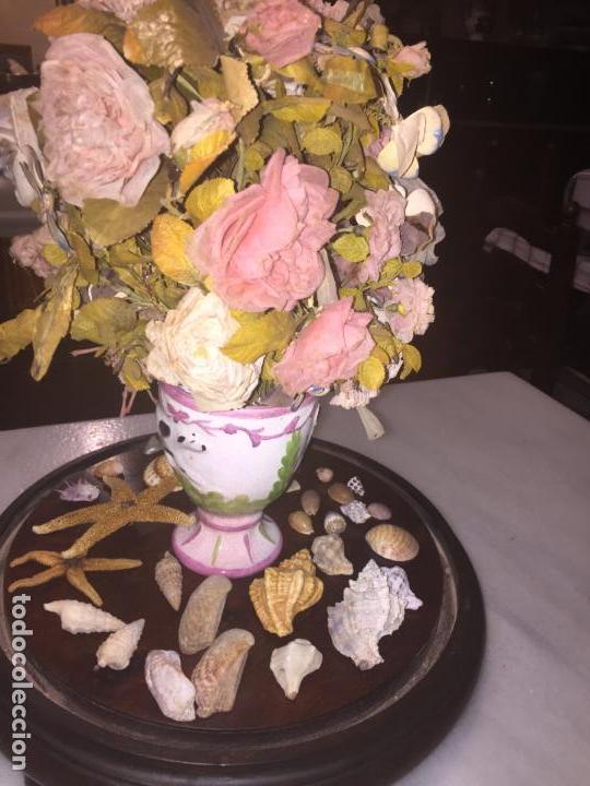 Antigüedades: Antiguo fanal de cristal soplado a mano Mallorquin peana y pomo flores de ropa isabelino siglo XIX - Foto 18 - 143041698