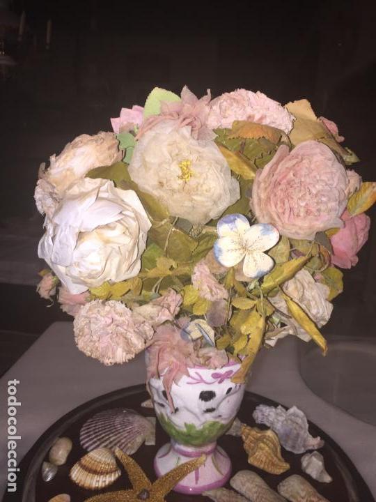 Antigüedades: Antiguo fanal de cristal soplado a mano Mallorquin peana y pomo flores de ropa isabelino siglo XIX - Foto 19 - 143041698