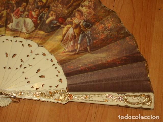 Antigüedades: ABANICO IMAGEN LITOGRAFIADA. - Foto 4 - 143051234