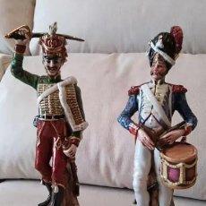 Antigüedades: SOLDADOS DE PORCELANA CAPODIMONTE. Lote 143053890