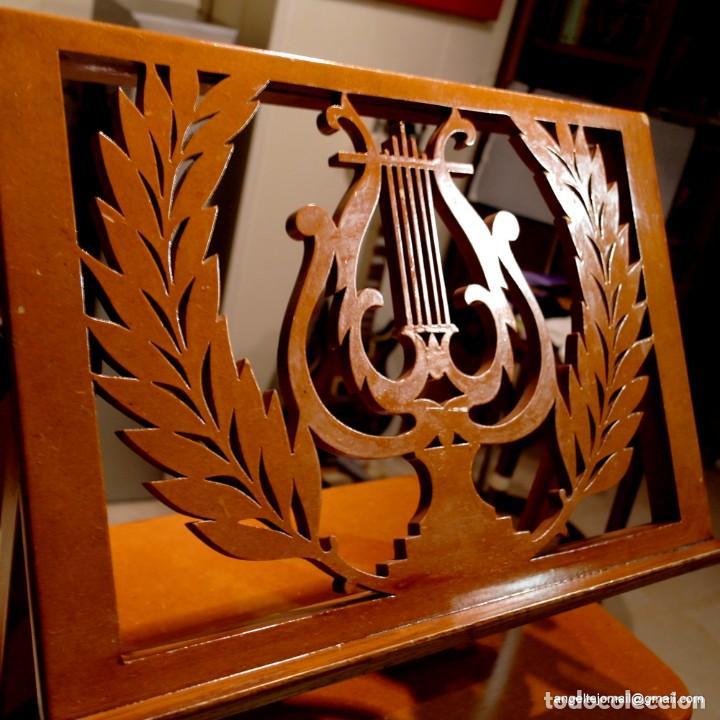 Antigüedades: Atril precioso, pieza excepcional. - Foto 2 - 143084454