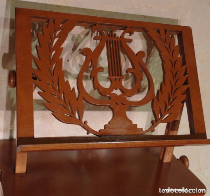 Antigüedades: Atril precioso, pieza excepcional. - Foto 8 - 143084454