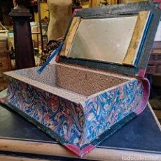 Antigüedades: ANTIGUO SECRETER EN FORMA DE GRAN LIBRO , CON CAJON SECRETO , ORIGINAL SIGLO 19 . Lote 143087298