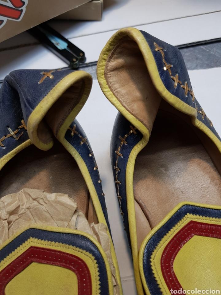 Antigüedades: Zapatos antiguos de fiestas Moros - Foto 3 - 143095208