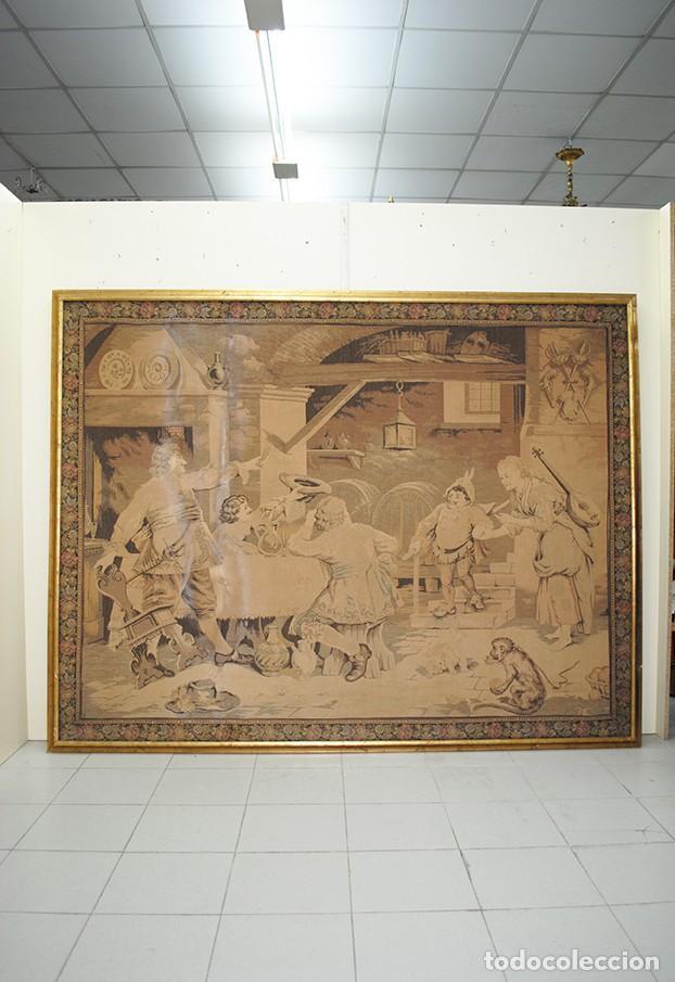 TAPIZ ANTIGUO DE GRAN TAMAÑO (Antigüedades - Hogar y Decoración - Tapices Antiguos)