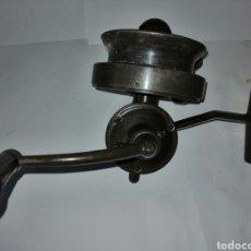Antigüedades: CARRETE SAGARRA PATA RECTA. Lote 143189140