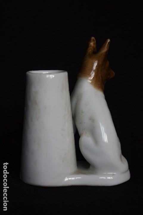 Antigüedades: BONITO PALILLERO CON PERRO EN PORCELANA-NUMERADO EN SU BASE - Foto 3 - 143203174