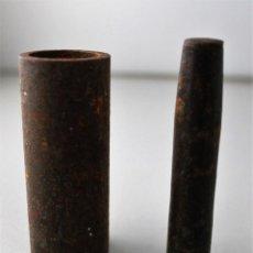 Antigüedades: ANTIGUA HERRAMIENTA PARA CARGAR CARTUCHOS PARA PRENSAR PÓLVORA.. Lote 143229062