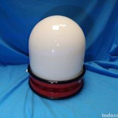 Antigüedades - lámpara tramo de diseño años 60 , Miquel Milá .epoca fase, Opalina blanca y base metal roja. Vintage - 143240893