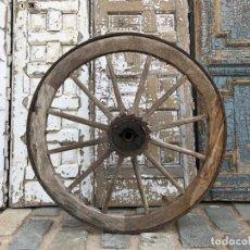 Antigüedades: RUEDA DE CARRO. Lote 143358874