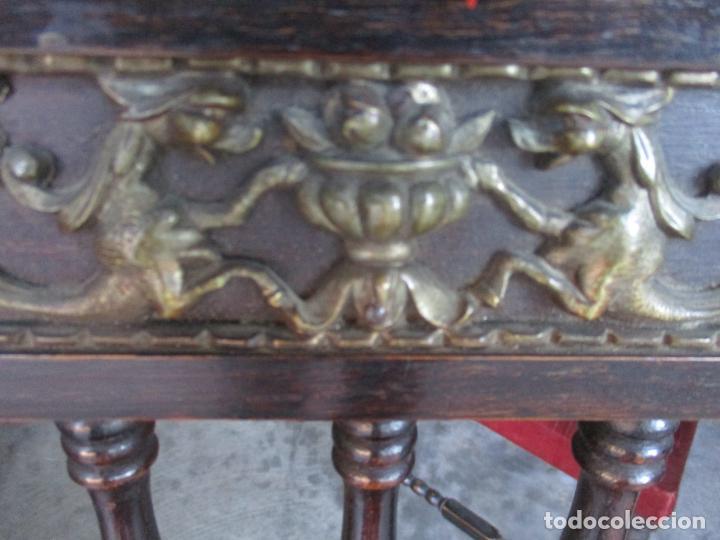 Antigüedades: Antiguo Comedor, Estilo Renacimiento - Madera de Roble - Decoraciones en Bronce - Circa 1900 - Foto 22 - 143378974