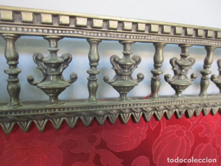 Antigüedades: Antiguo Comedor, Estilo Renacimiento - Madera de Roble - Decoraciones en Bronce - Circa 1900 - Foto 57 - 143378974