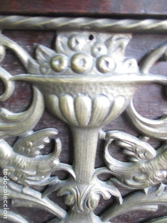Antigüedades: Antiguo Comedor, Estilo Renacimiento - Madera de Roble - Decoraciones en Bronce - Circa 1900 - Foto 73 - 143378974