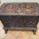 Antigüedades: BAUL, CAJA, ARCA RENACIMIENTO - MADERA DE NOGAL - BONITA TALLA DE MADERA Y HERRAJES - S. XVI-XVII. Lote 143385774